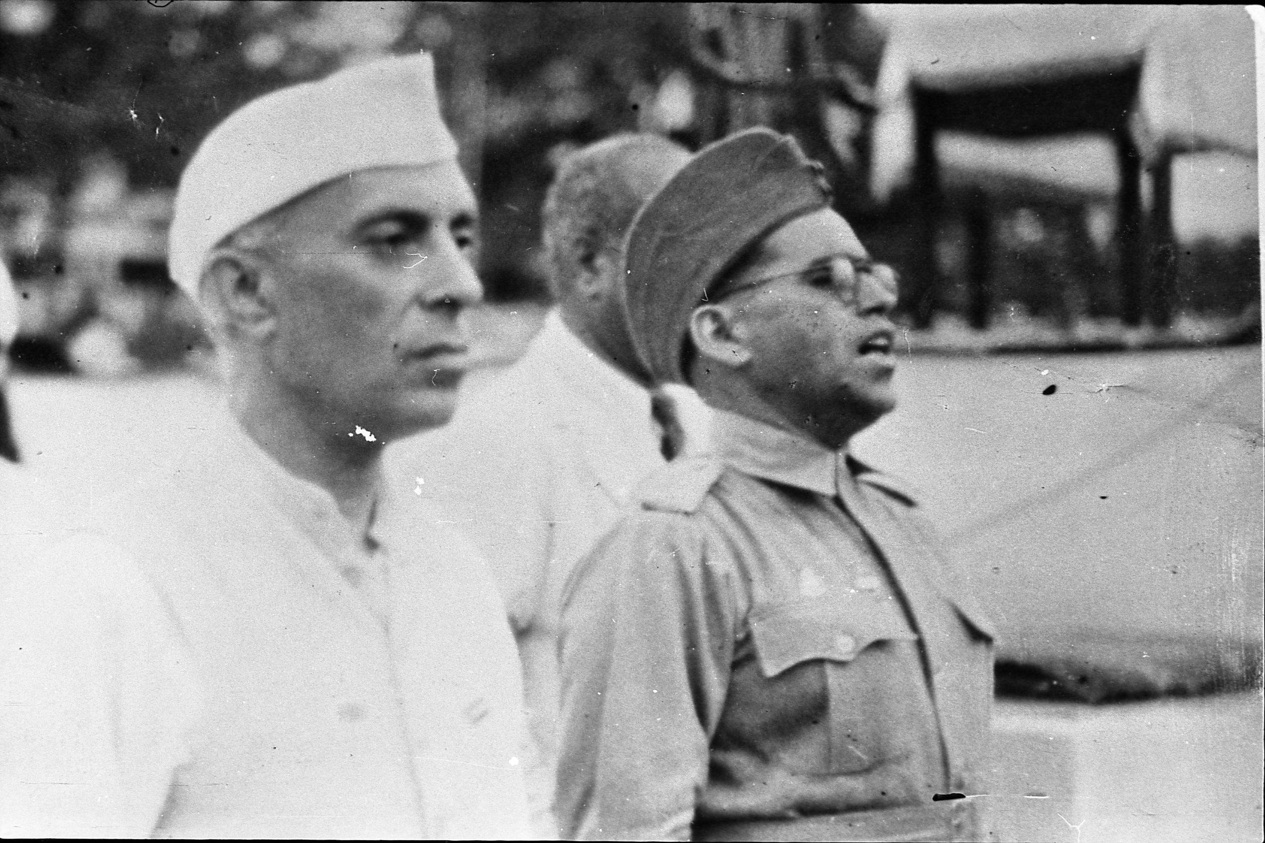 Nehru-and-Lals-friend.jpeg