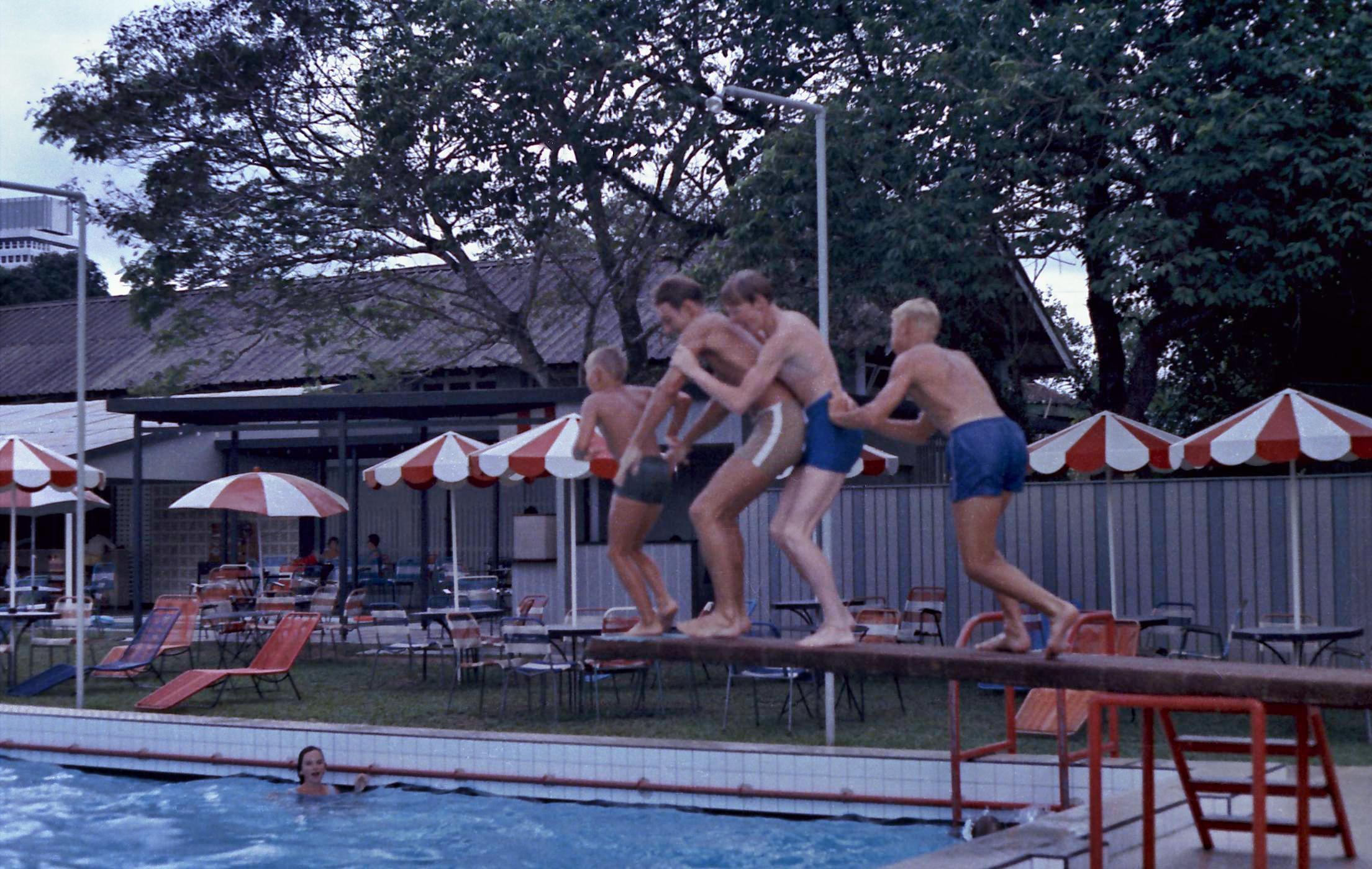 Diving-3.jpeg
