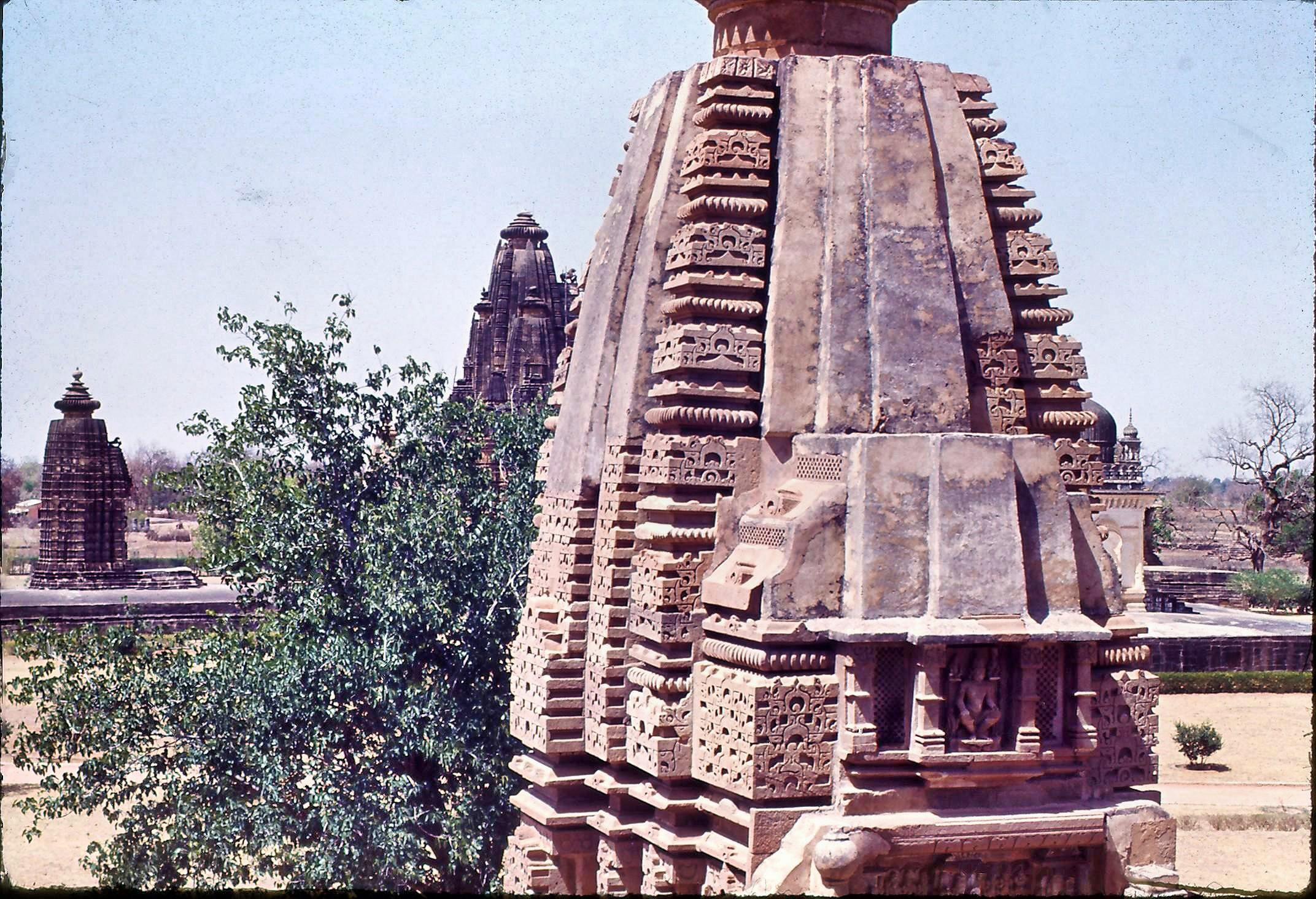29-Khajuraho-16.jpeg