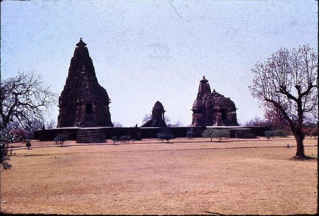30-Khajuraho-17.jpeg