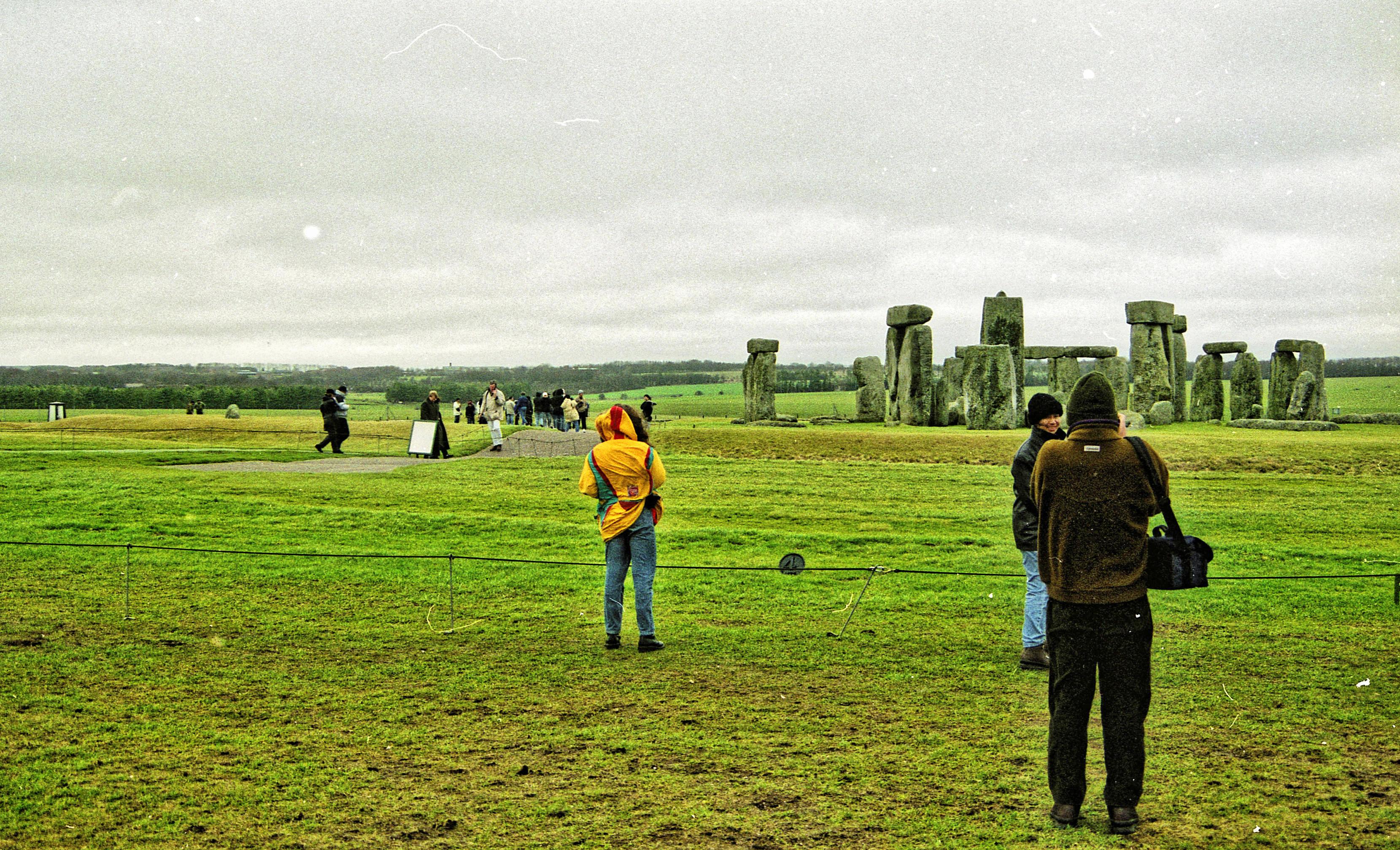 Stonehenge-3.jpeg