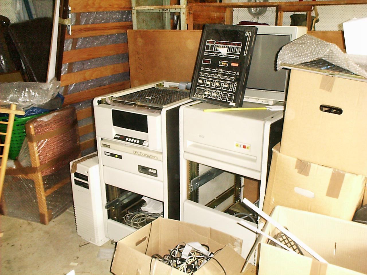 This should be computers-in-shed.jpeg.  Is it missing?