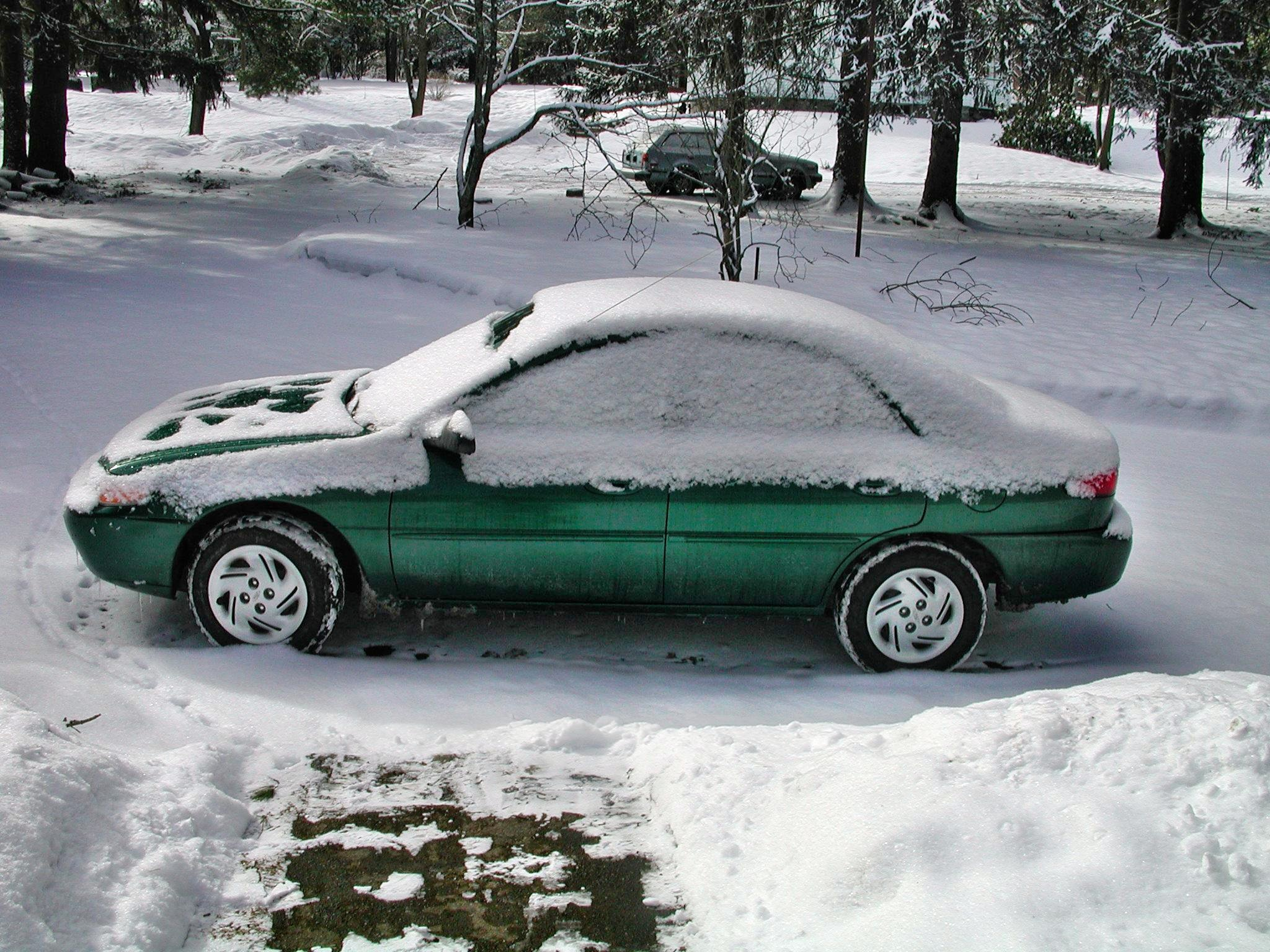 Car-with-snow.jpeg