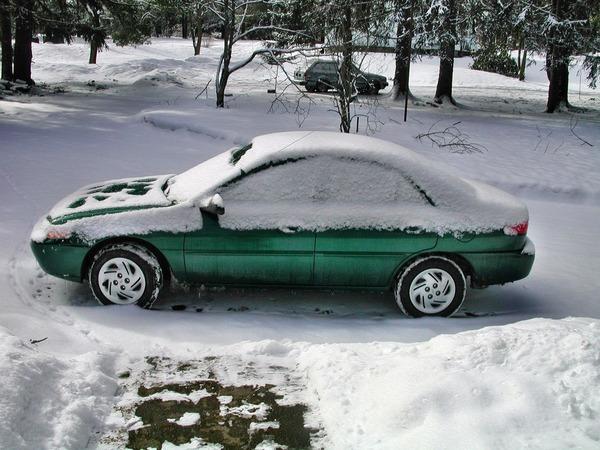 Car-with-snow.jpeg