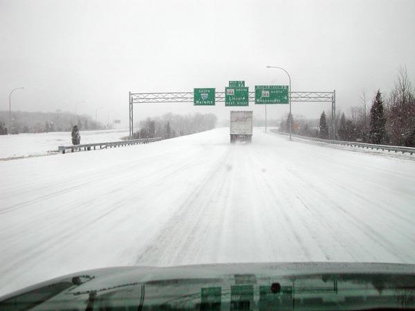 Snowy-freeway.jpeg