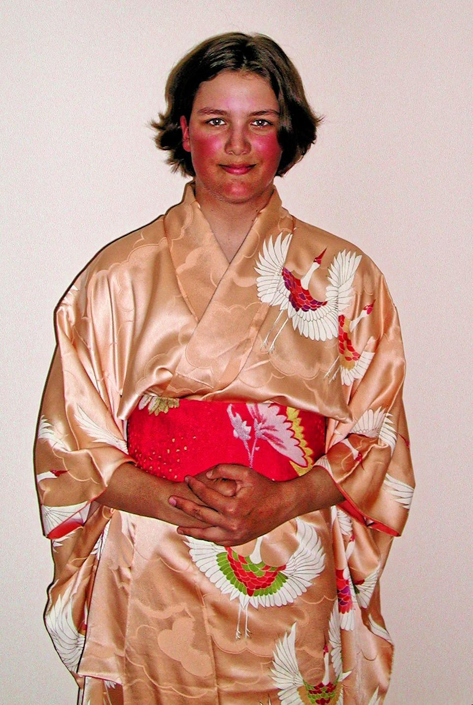 yana-kimono-2.jpeg