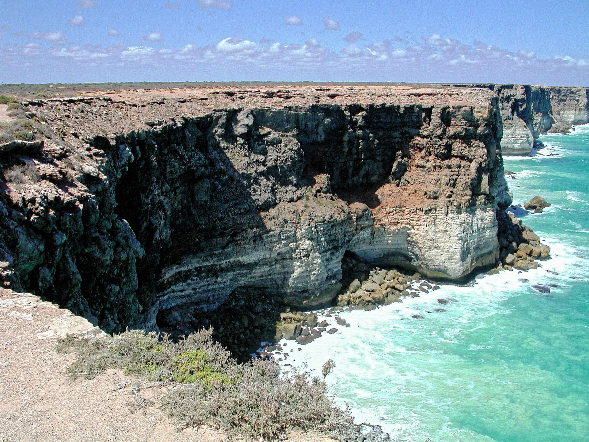 nullarbor-cliffs-3.jpeg