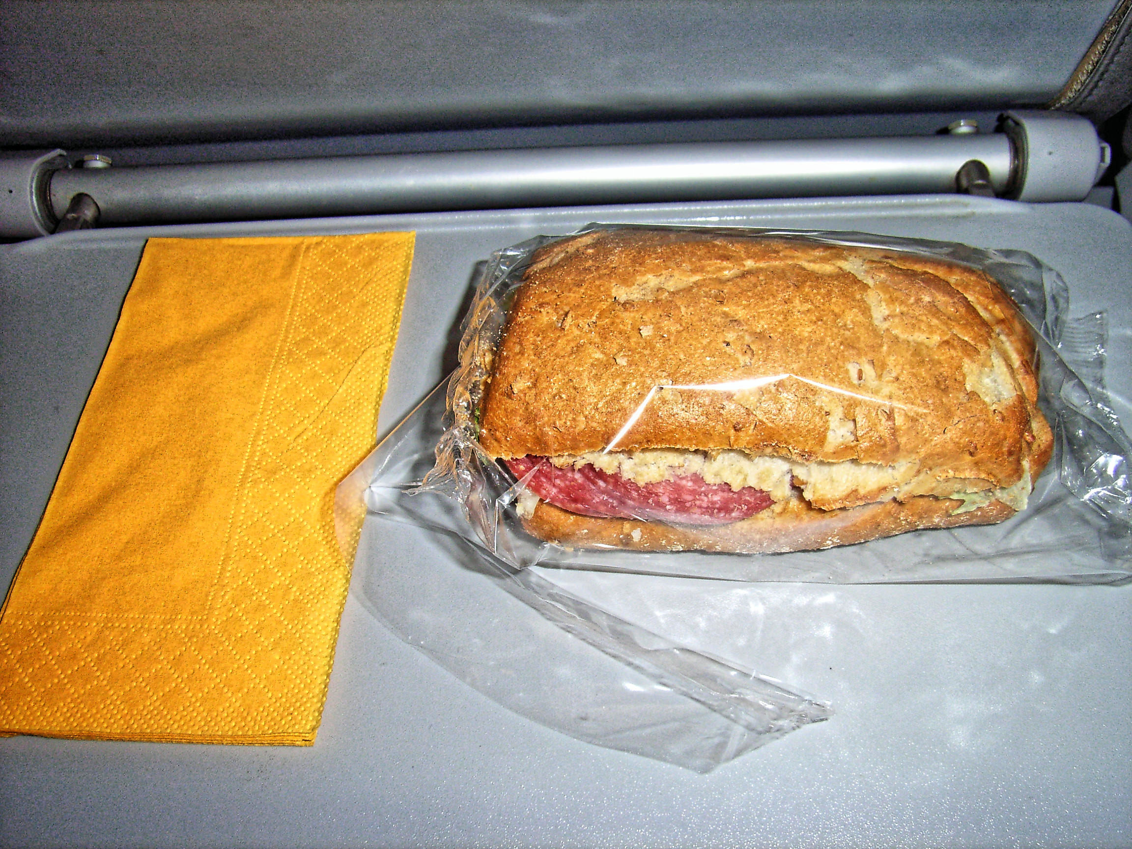 airline-food.jpeg