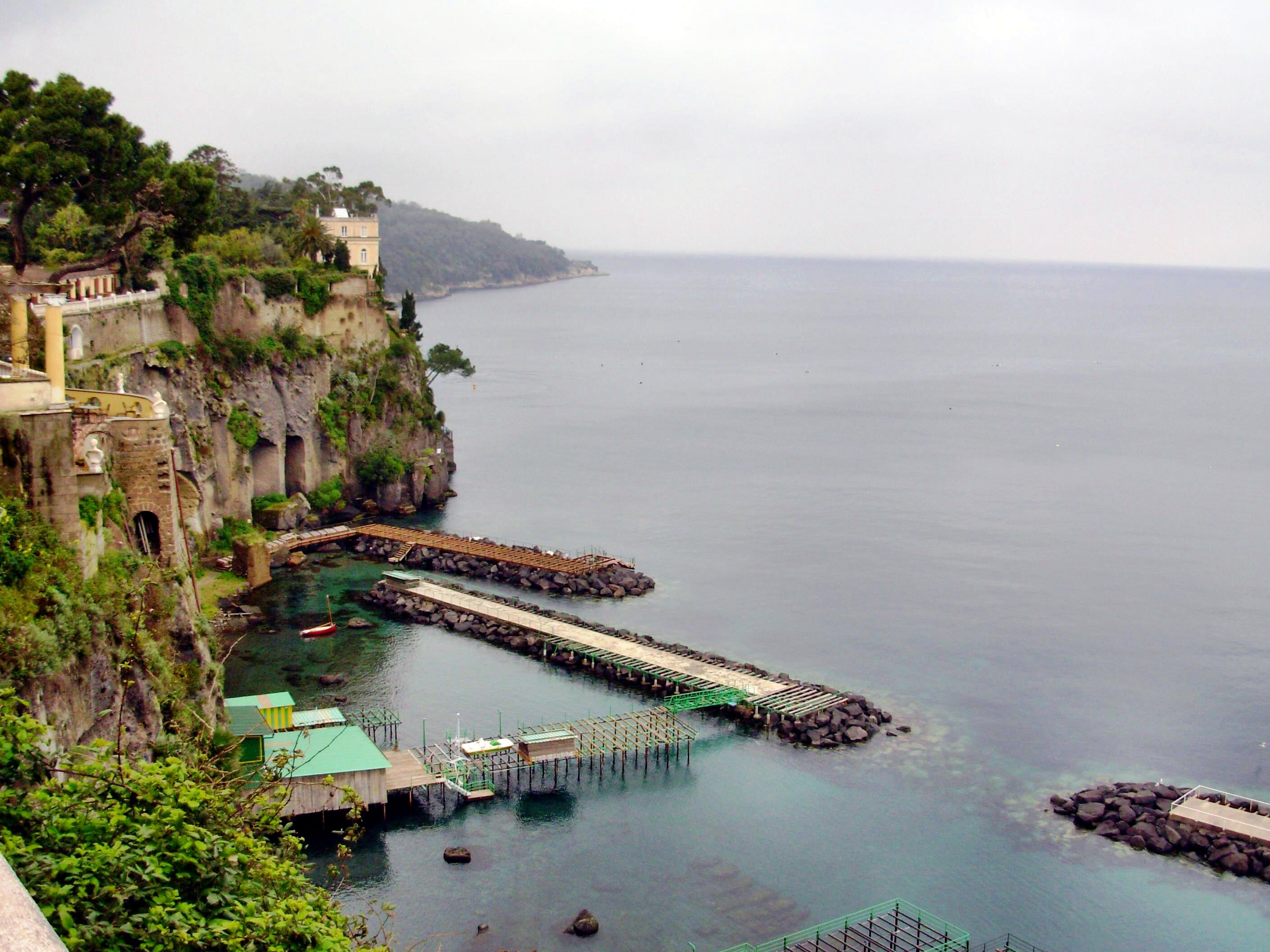 This should be Sorrento-1.jpeg.  Is it missing?
