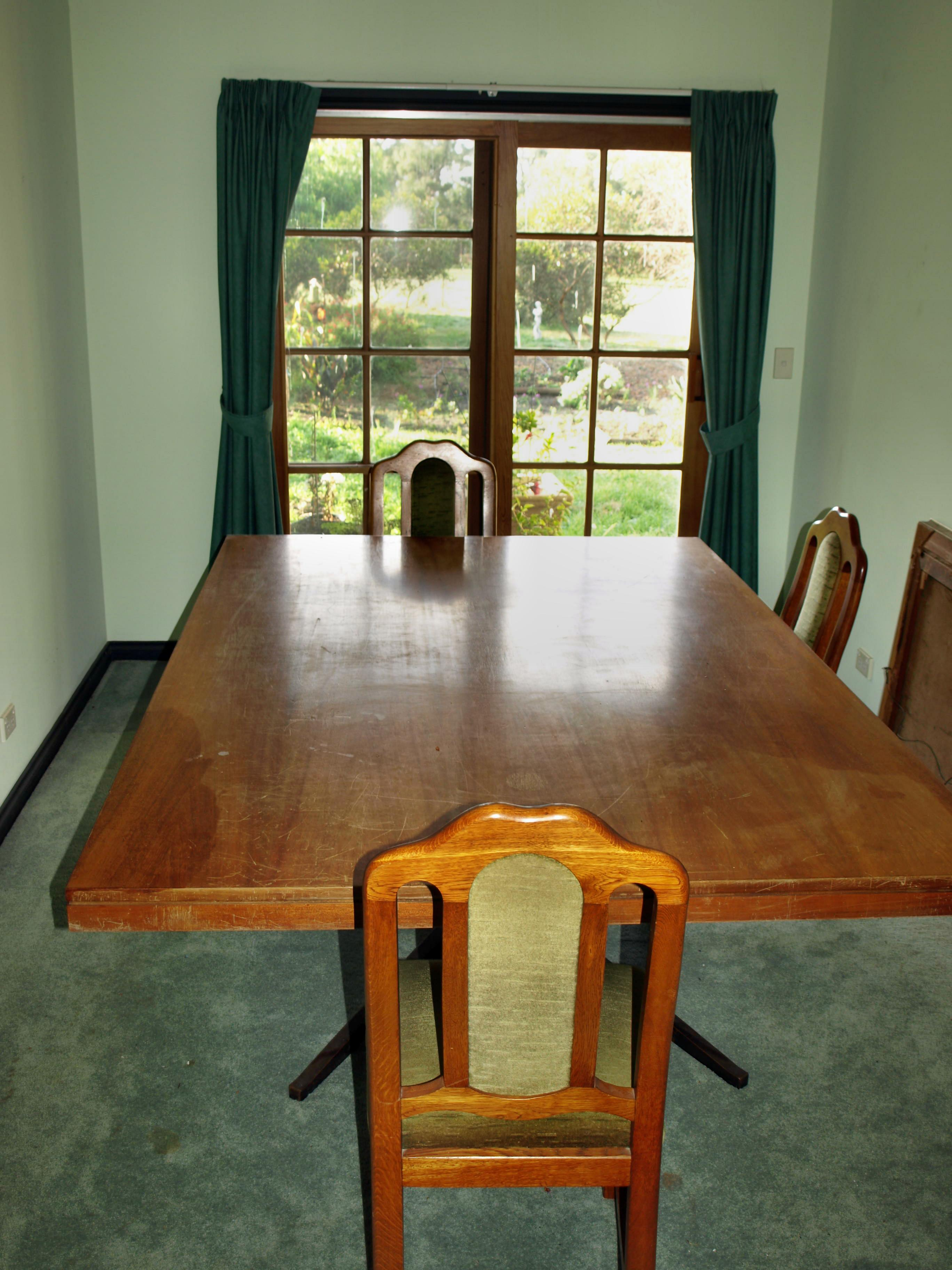 dining-room.jpeg