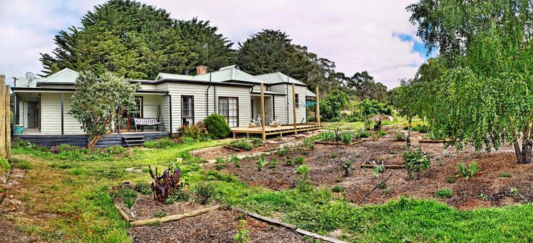 panorama-to-house.jpeg
