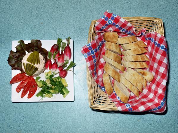 salad-4-olympus-optimized.jpeg