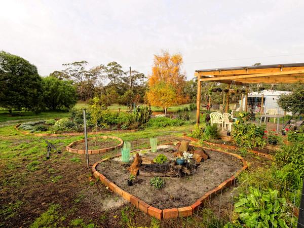 garden-se-wide.jpeg