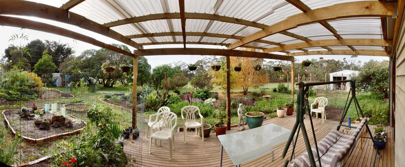 verandah-panorama-old.jpeg