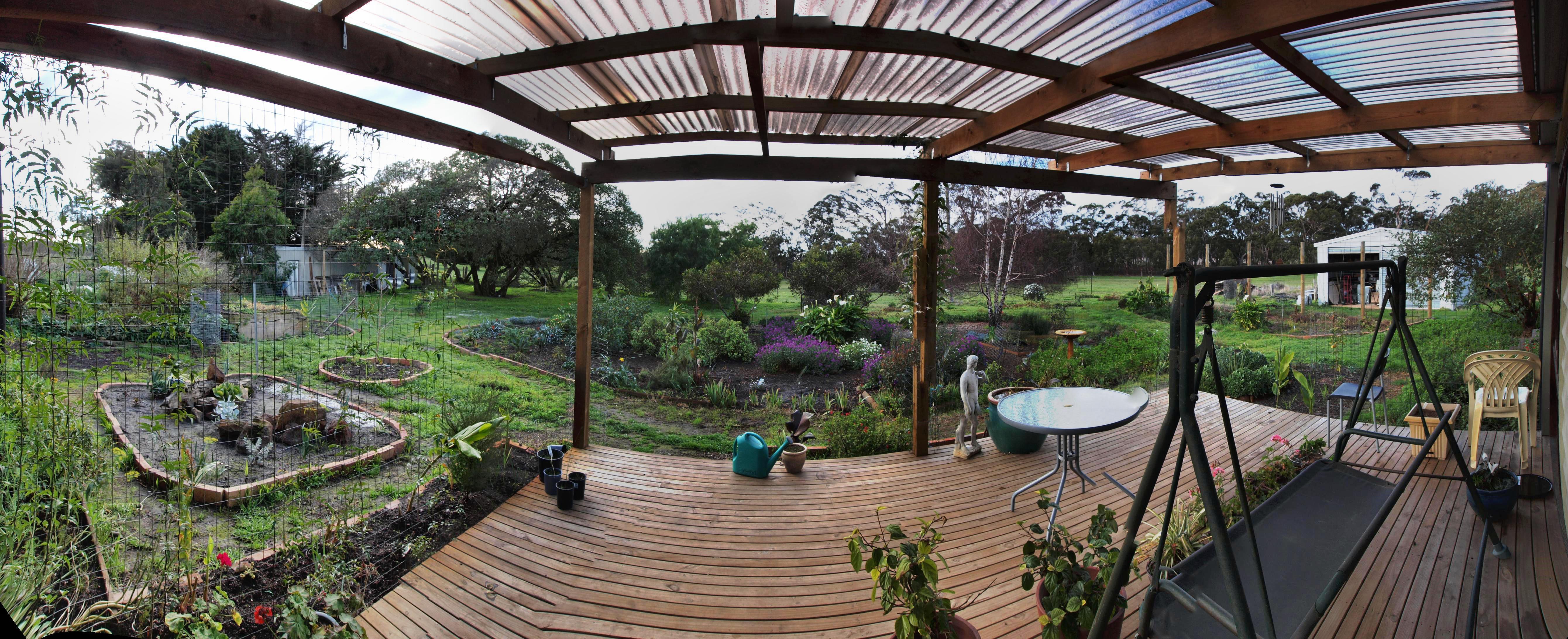 verandah-panorama-auto.jpeg