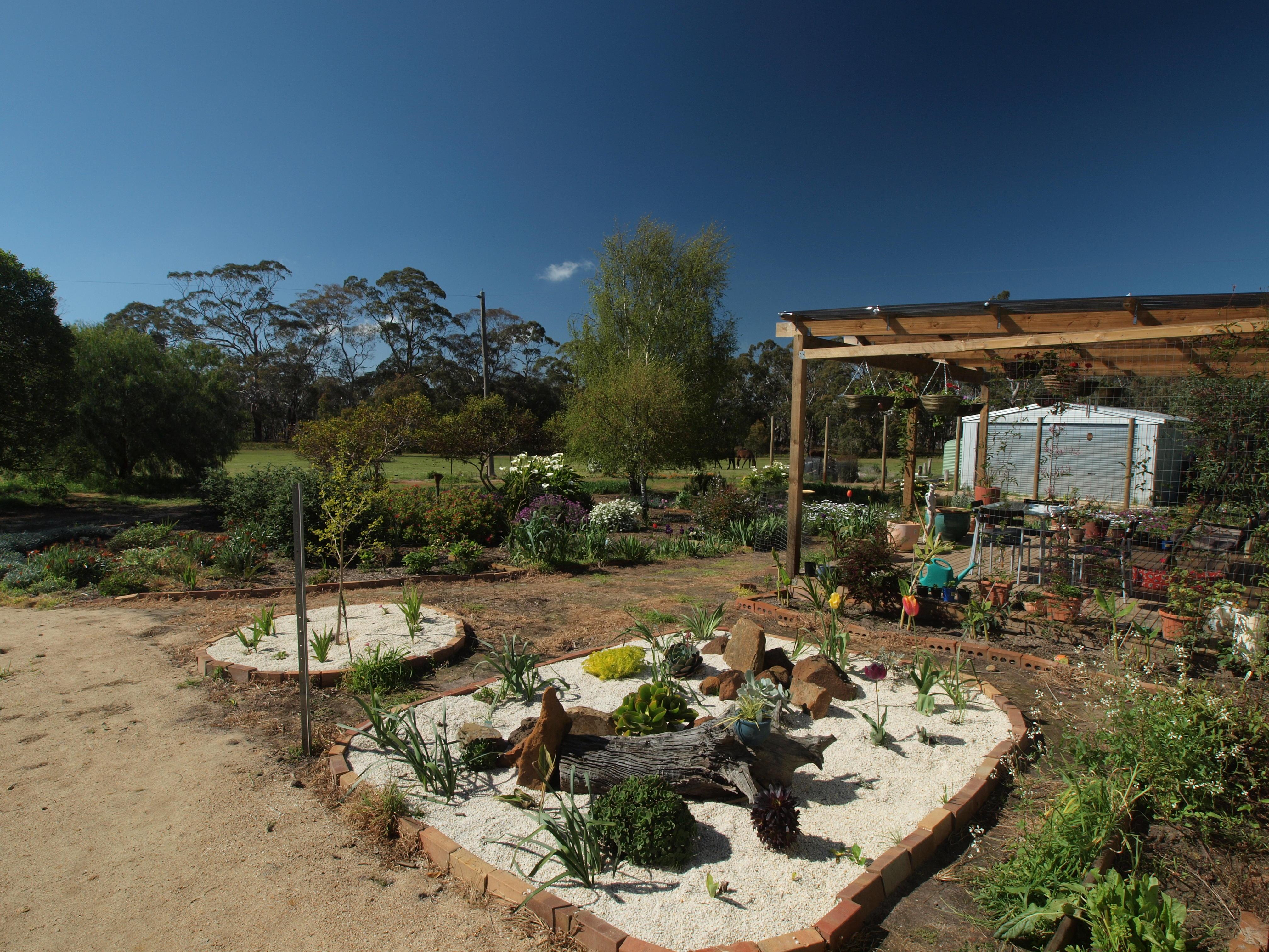 garden-se-2.jpeg