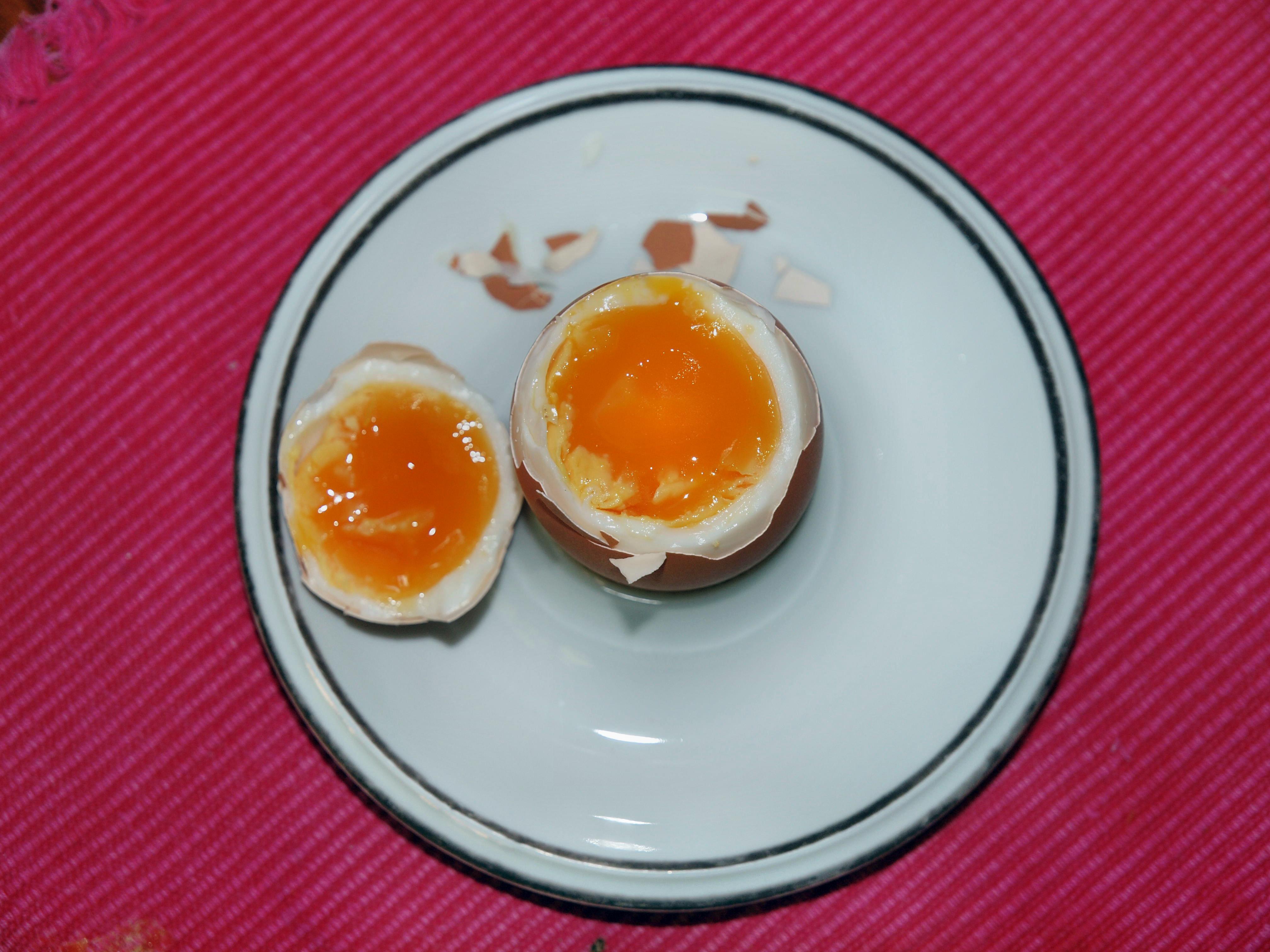 Eccentric-egg-1.jpeg