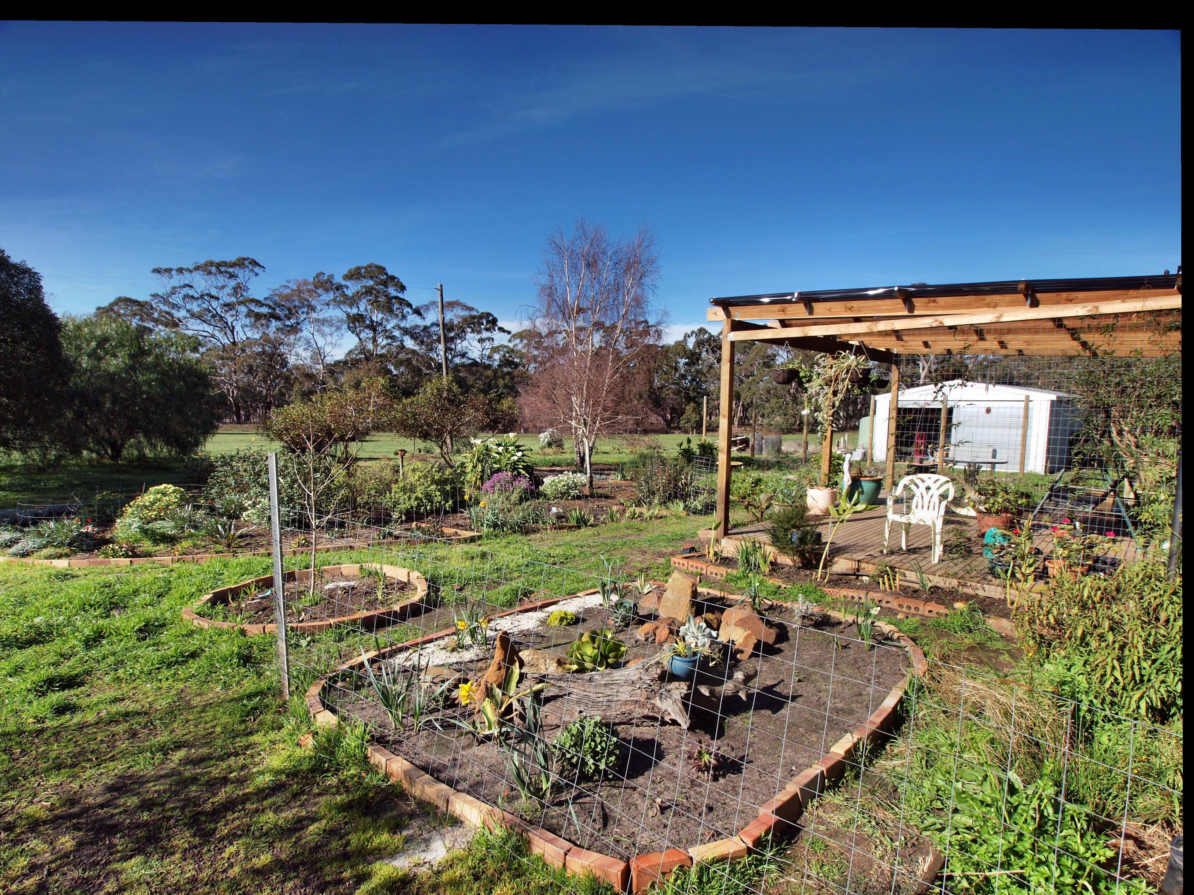 garden-se-1.jpeg