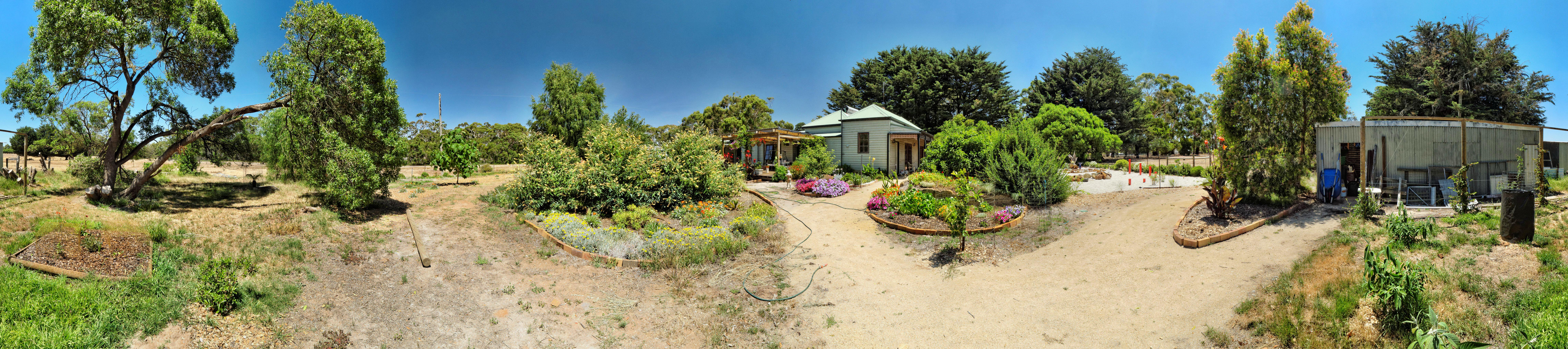 This should be garden-ne-panorama.jpeg.  Is it missing?