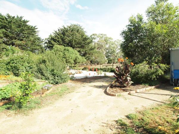 garden-ne-f+2EV.jpeg