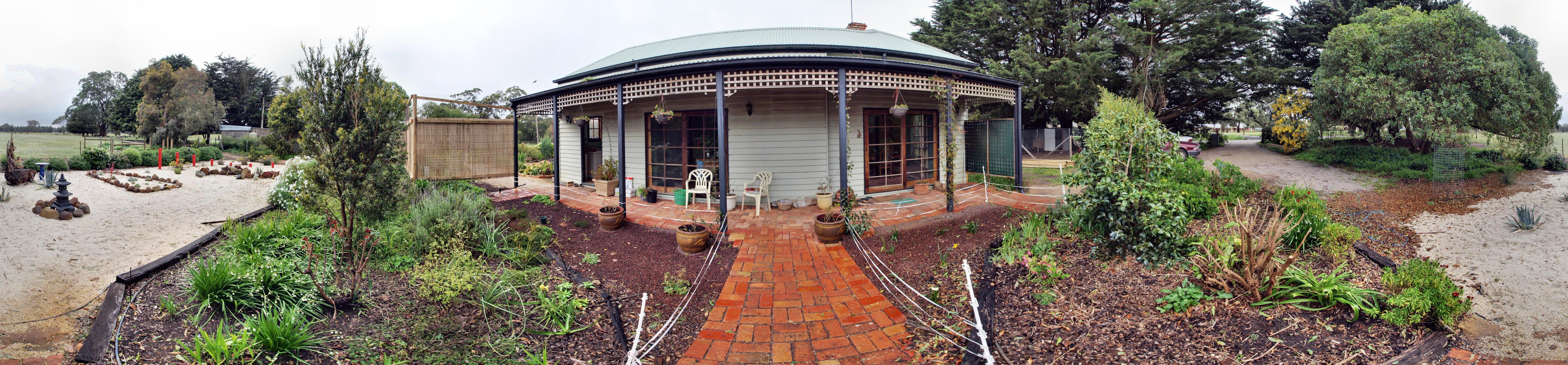 garden-n-panorama-alt.jpeg
