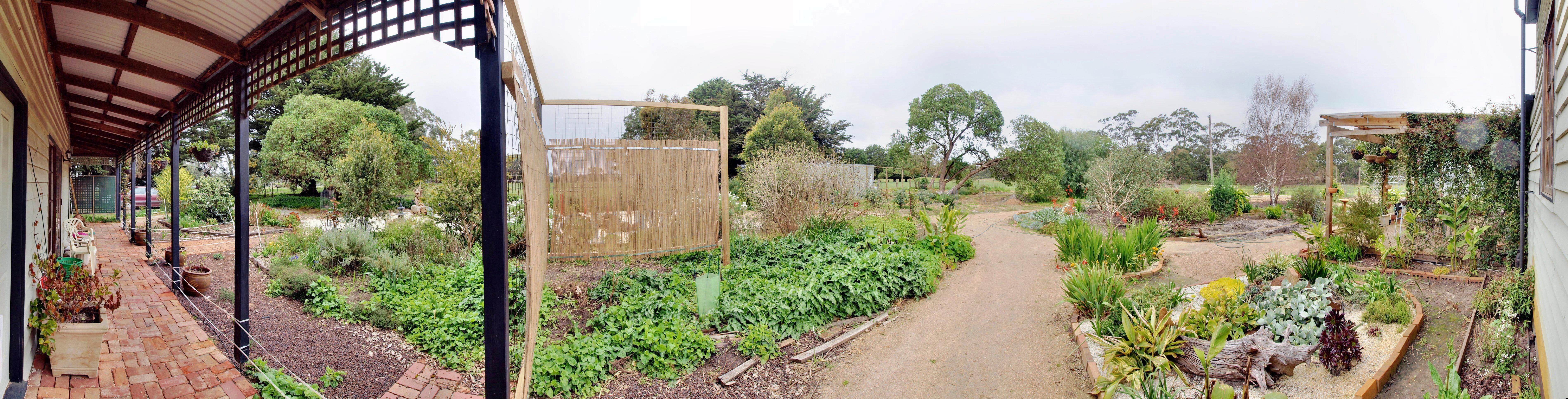 garden-e-panorama.jpeg