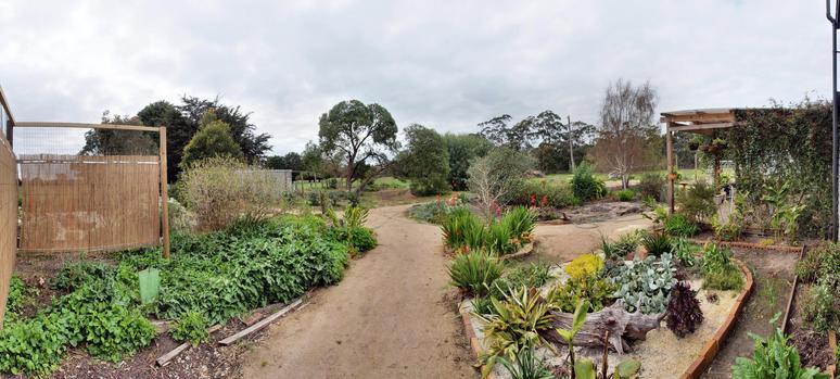garden-se-panorama.jpeg