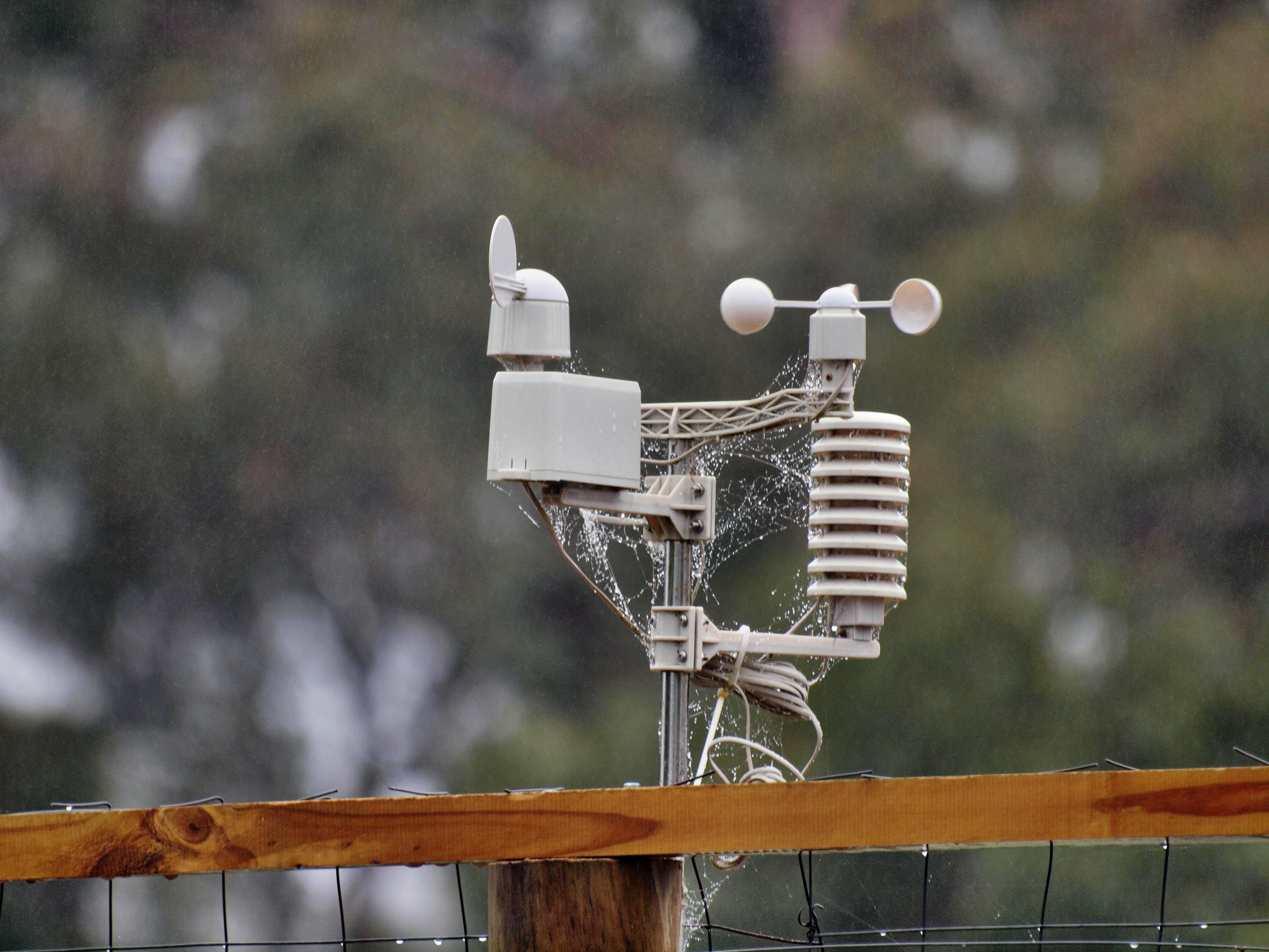 Weather-station-zuiko-unstabilized-4.jpeg