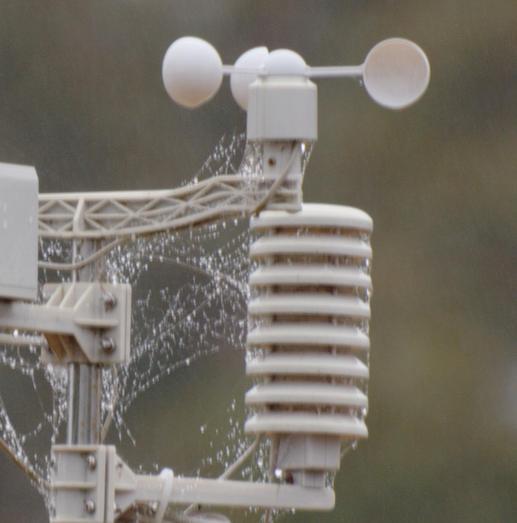 Weather-station-zuiko-stabilized-3-detail-2.jpeg