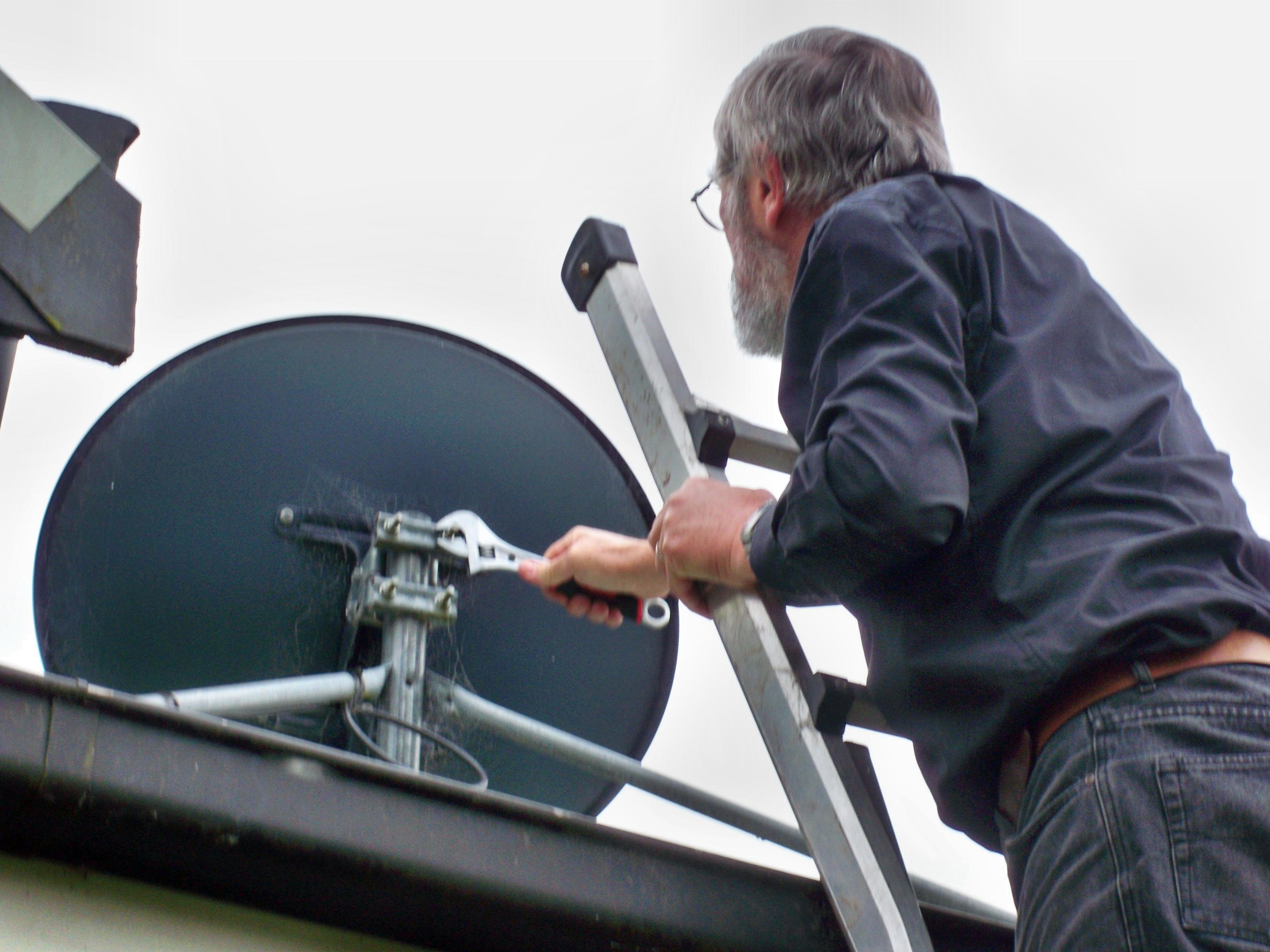 Mounting-antenna-4.jpeg