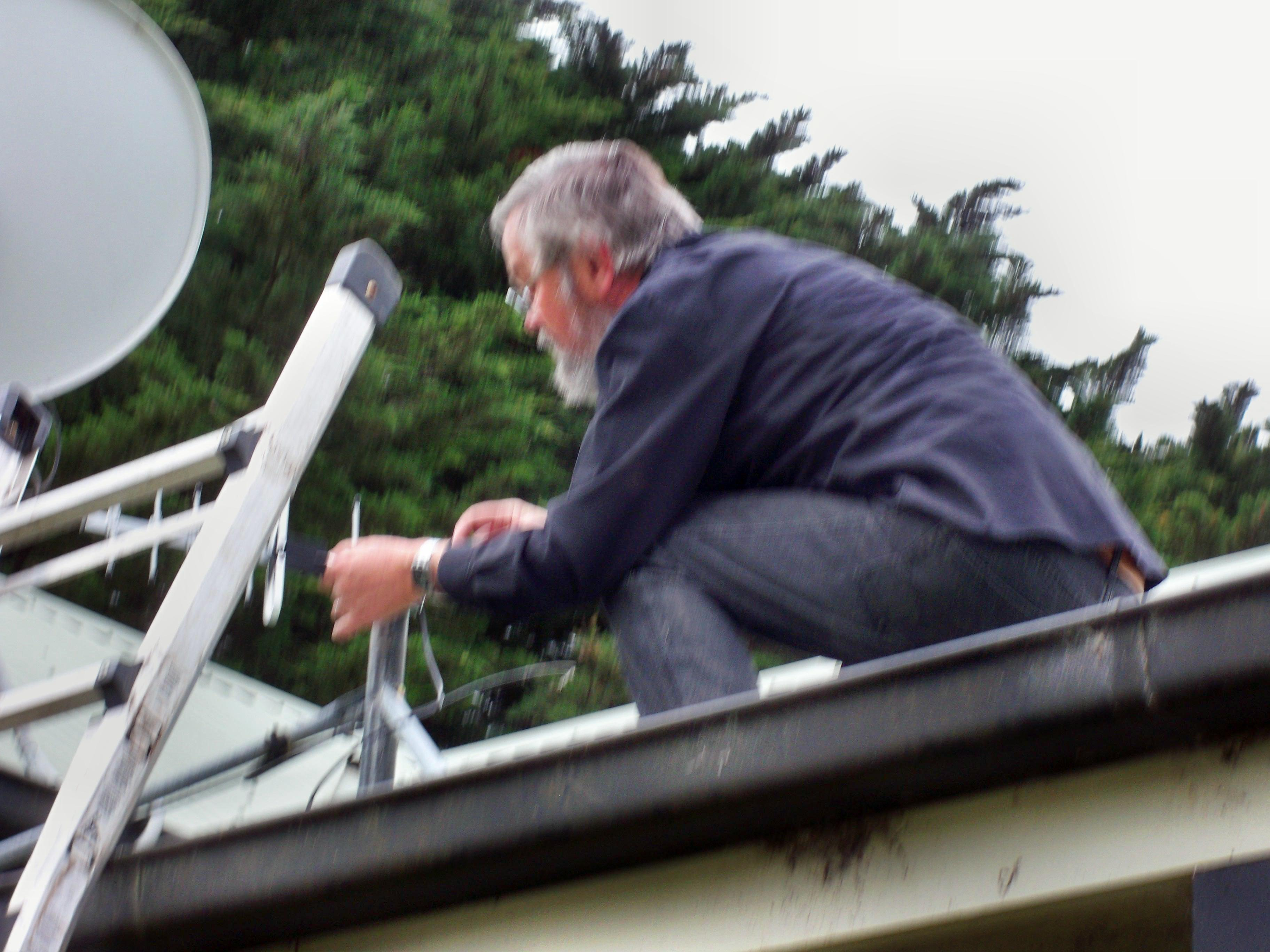 Mounting-antenna-7.jpeg