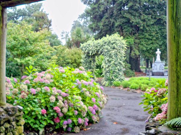 Botanical-gardens-1.jpeg