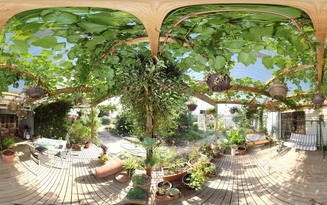 verandah-centre+0EV.jpeg