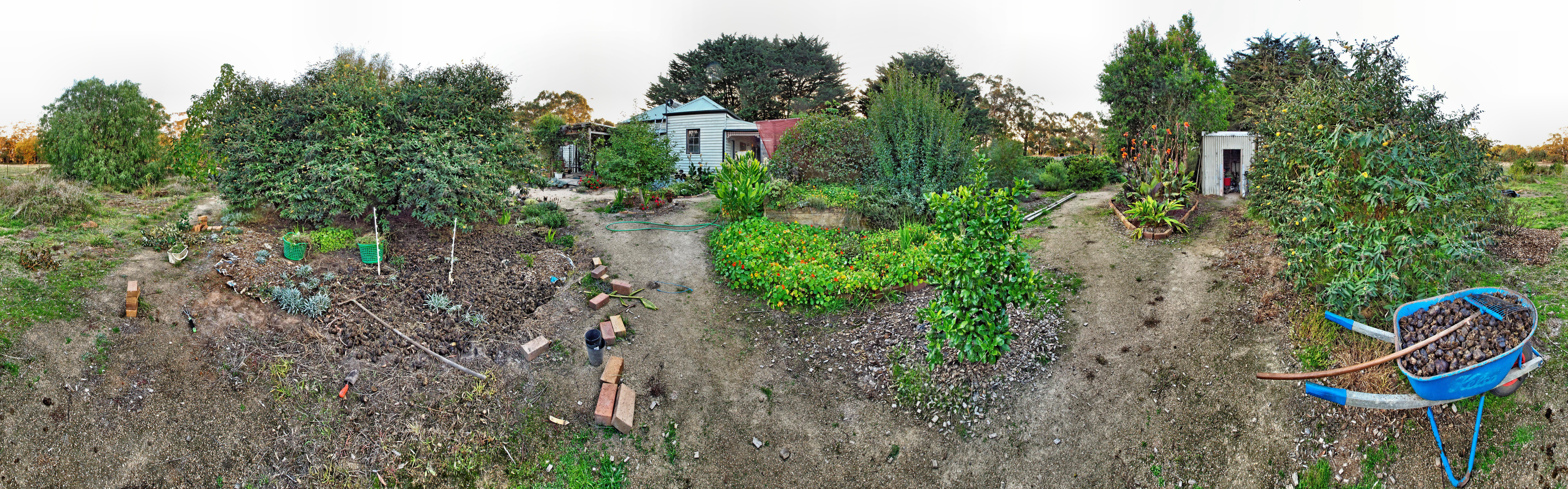 garden-path-ne-ligher.jpeg