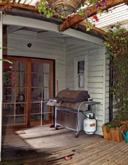 verandah-centre-alt-detail.jpeg