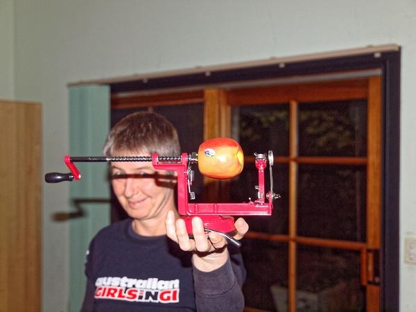 Apple-peeler-1.jpeg