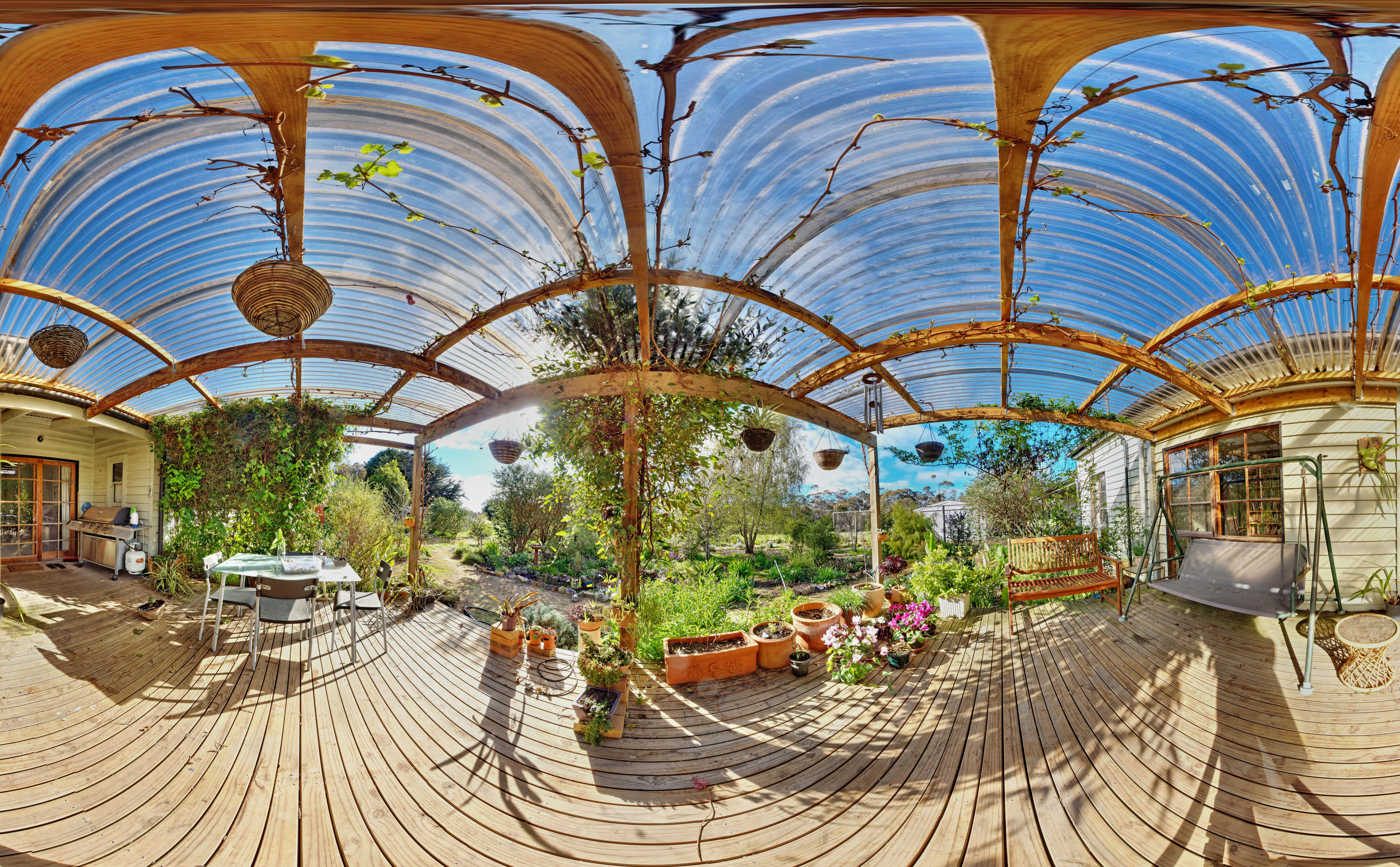 verandah-centre.jpeg