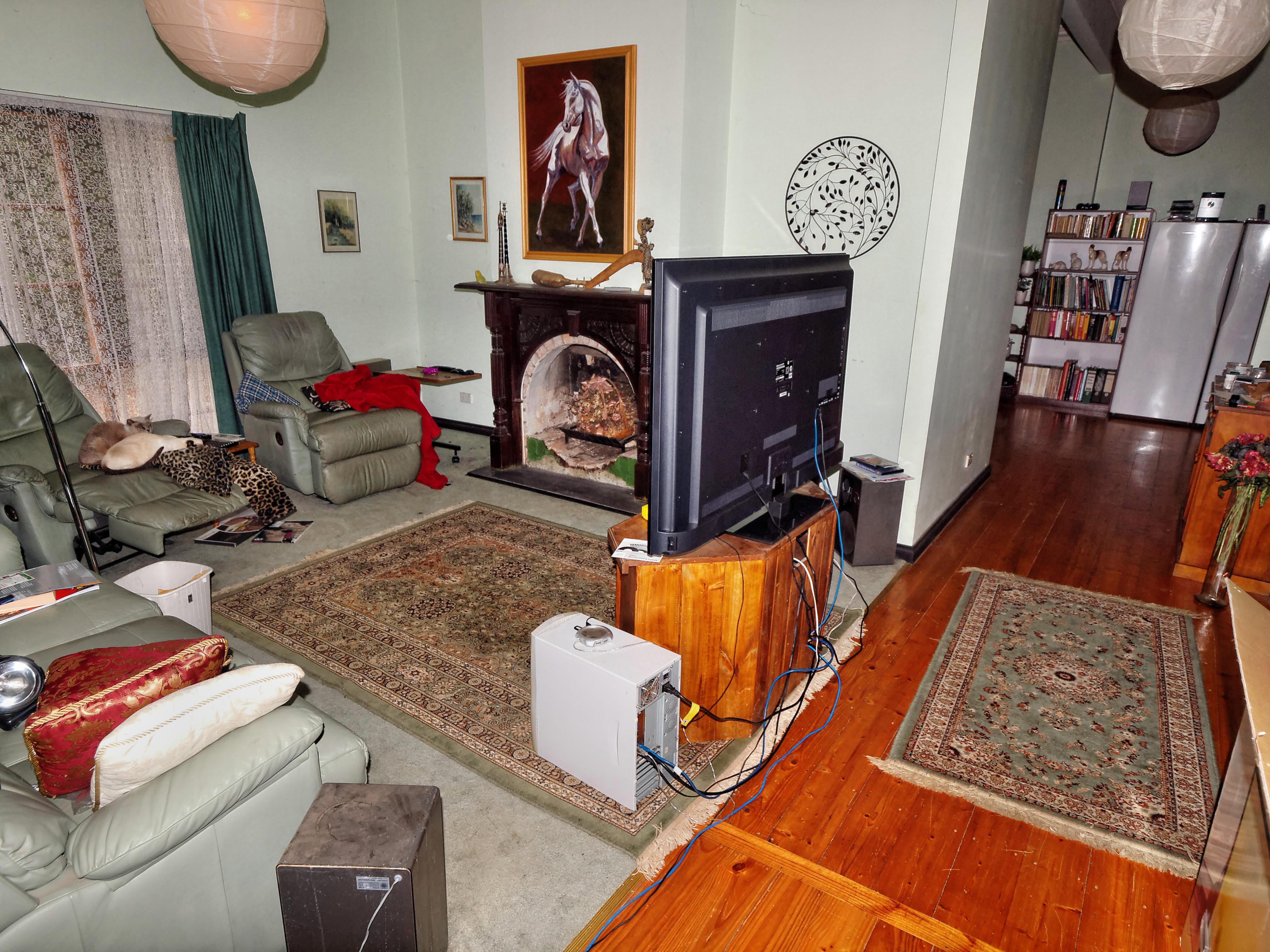 lounge-1.jpeg