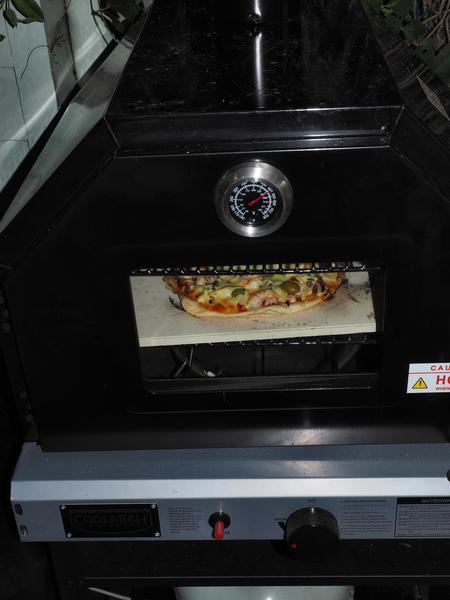 Pizza-1.jpeg