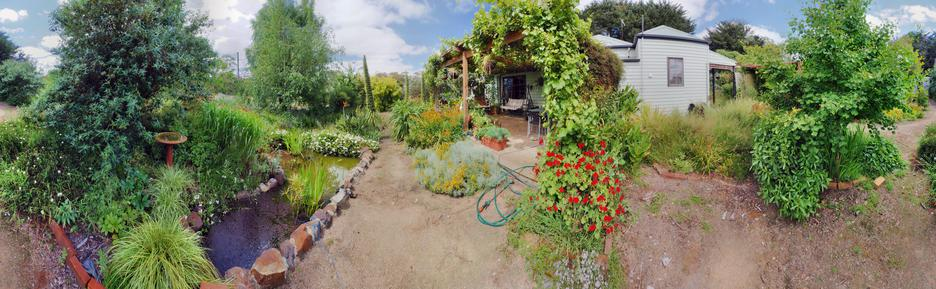 garden-path-centre-HDR2.jpeg