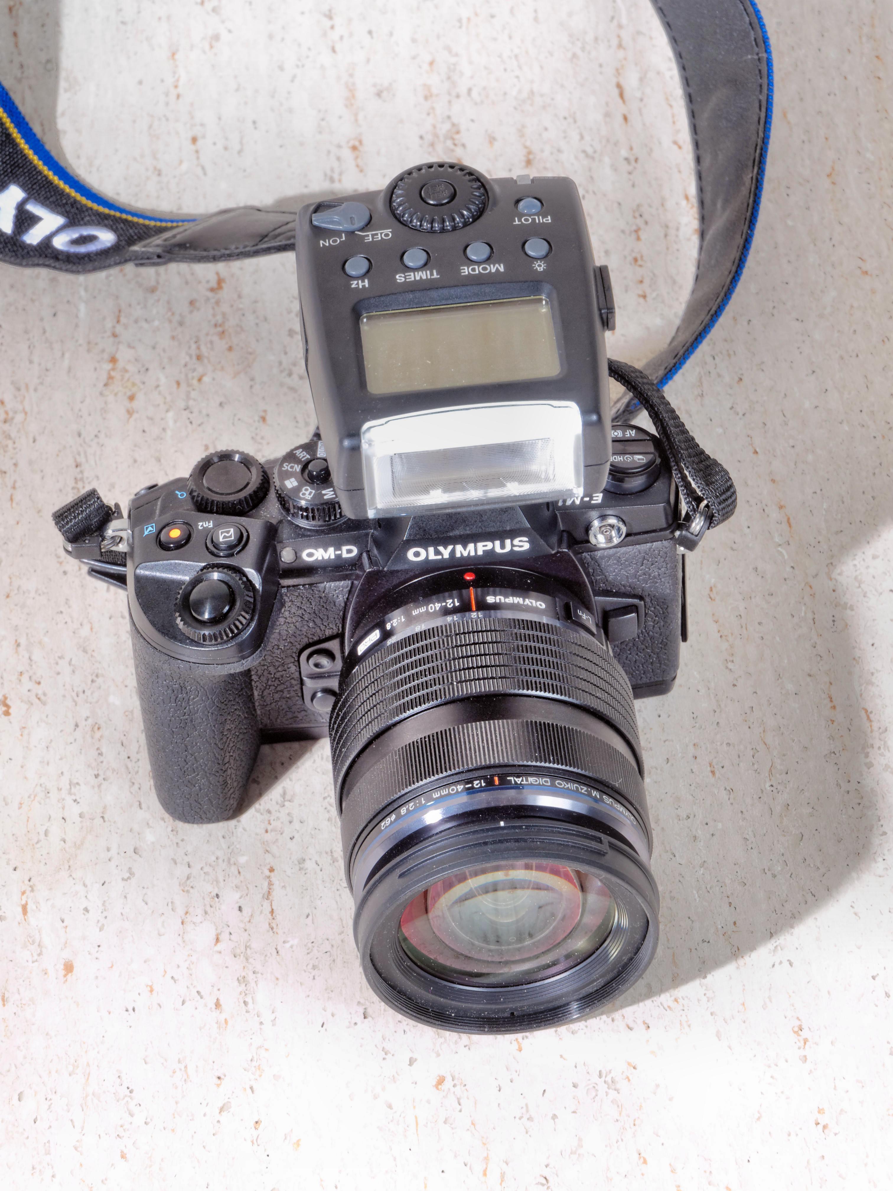 Meike-MK-300-1.jpeg