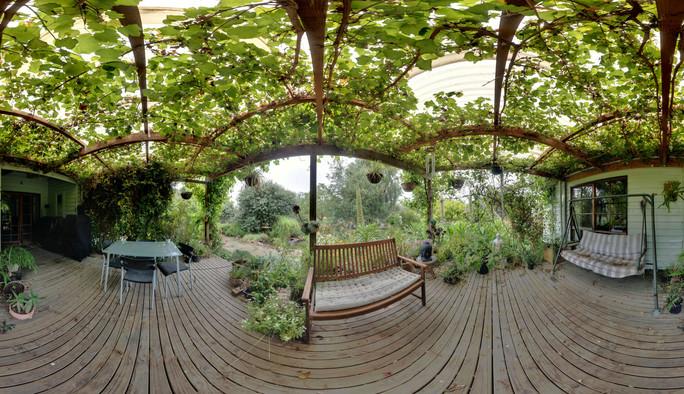verandah-centre-oly.jpeg