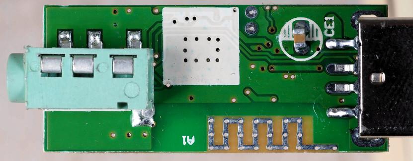 Bluetooth-adapter-2.jpeg