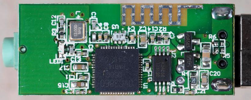 Bluetooth-adapter-4.jpeg