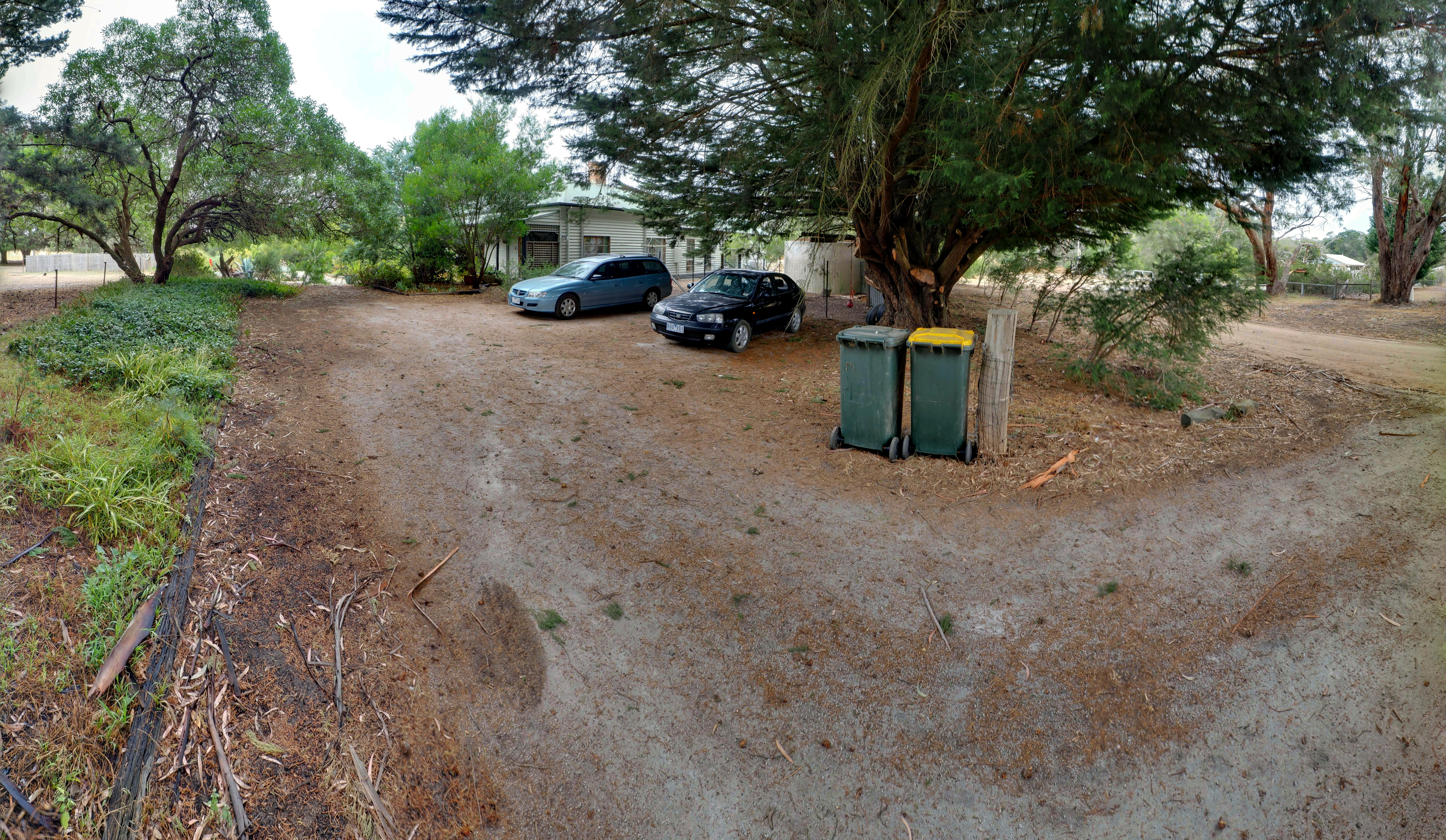 This should be driveway-nw.jpeg.  Is it missing?