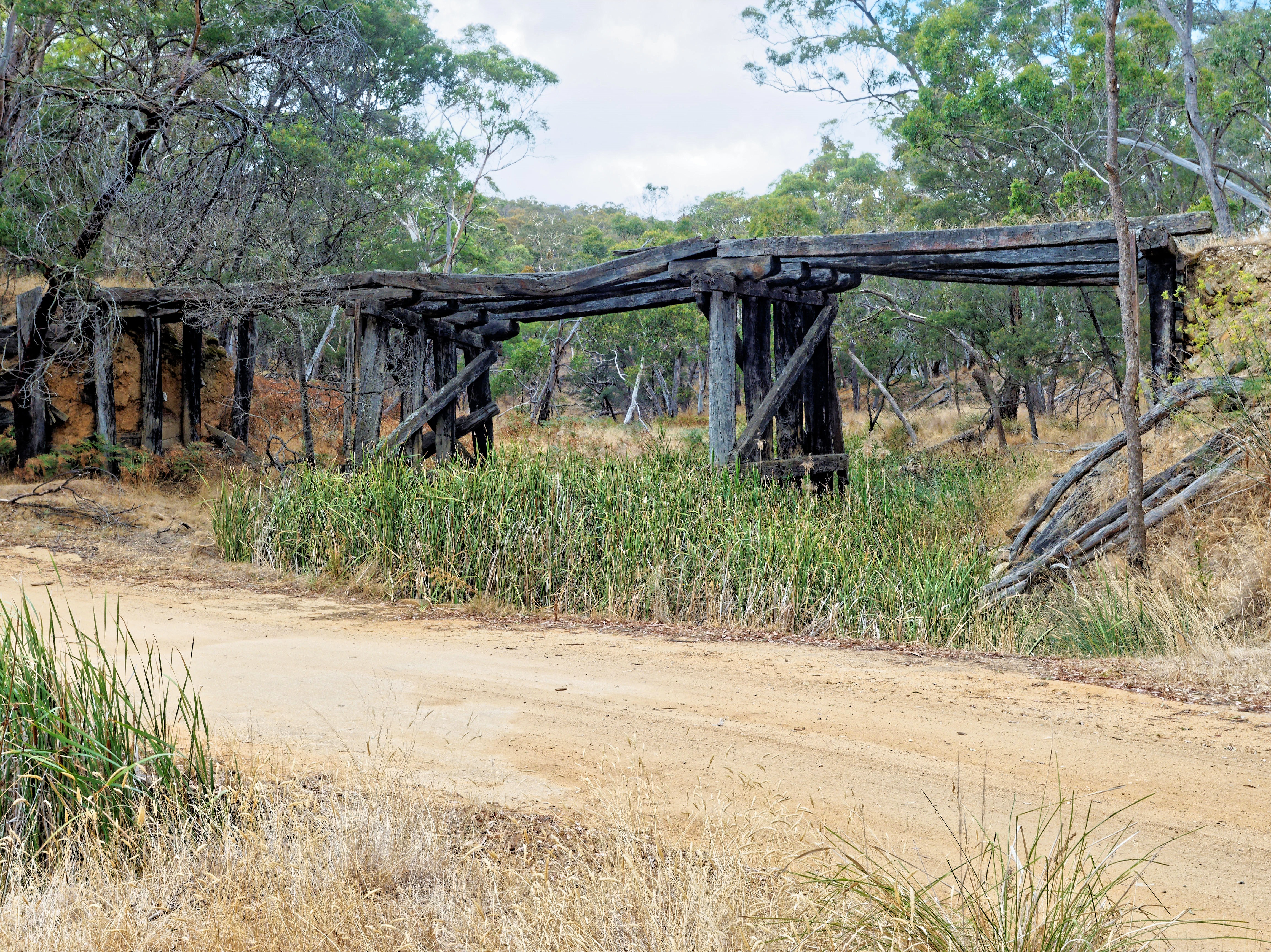 Misery-creek-bridge-4.jpeg
