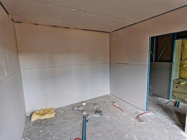 Walls-5.jpeg