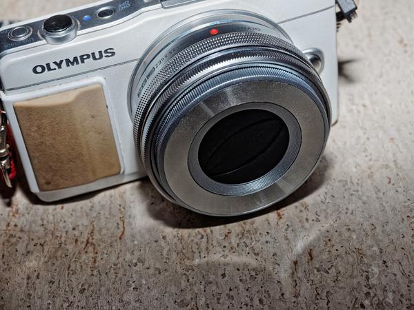 PM-2-and-auto-lens-cap-PM-2-and-auto-lens-cap-3.jpeg