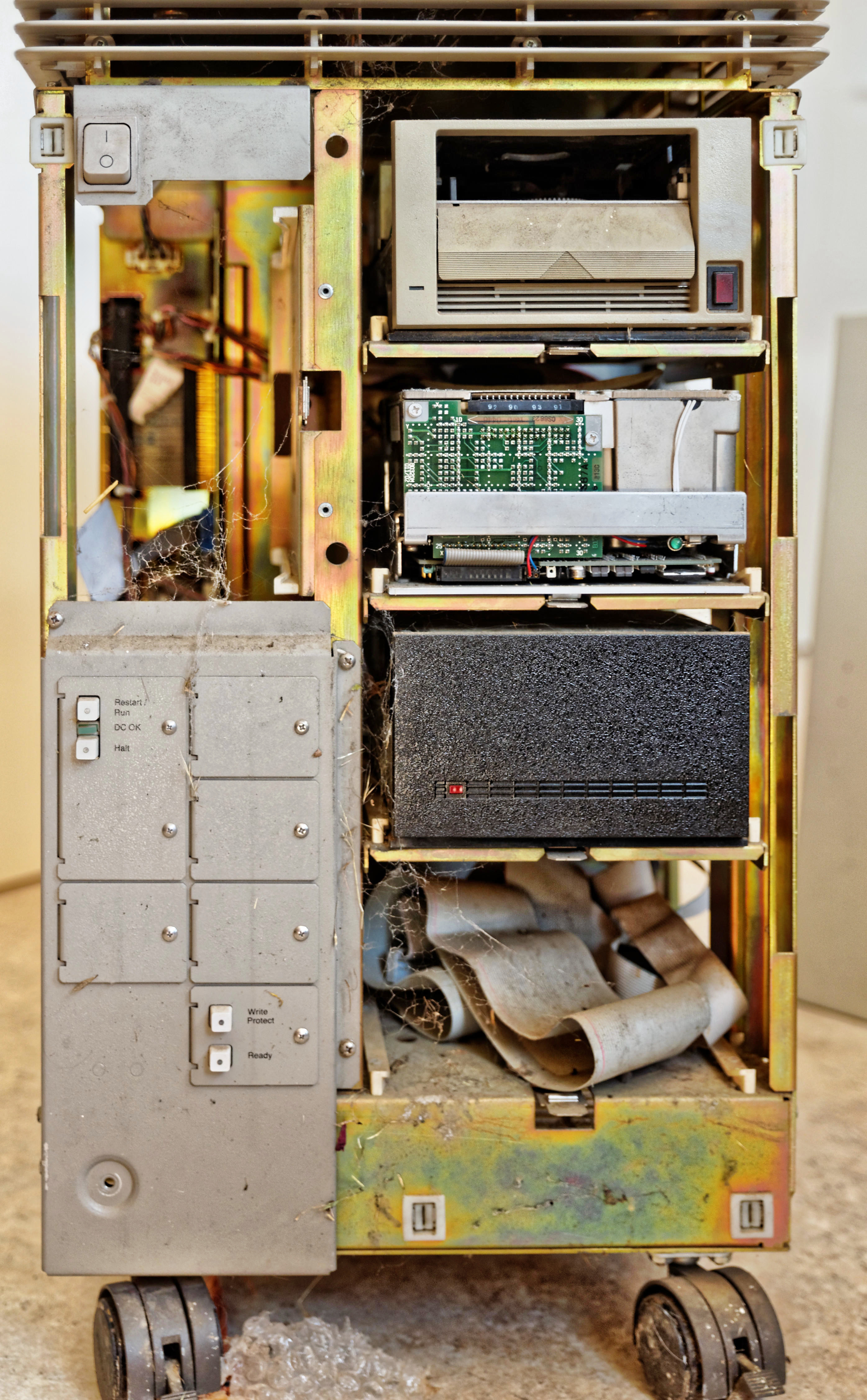 MicroVAX-II-5.jpeg