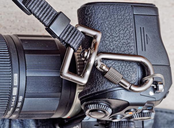Camera-strap-hooks-2.jpeg